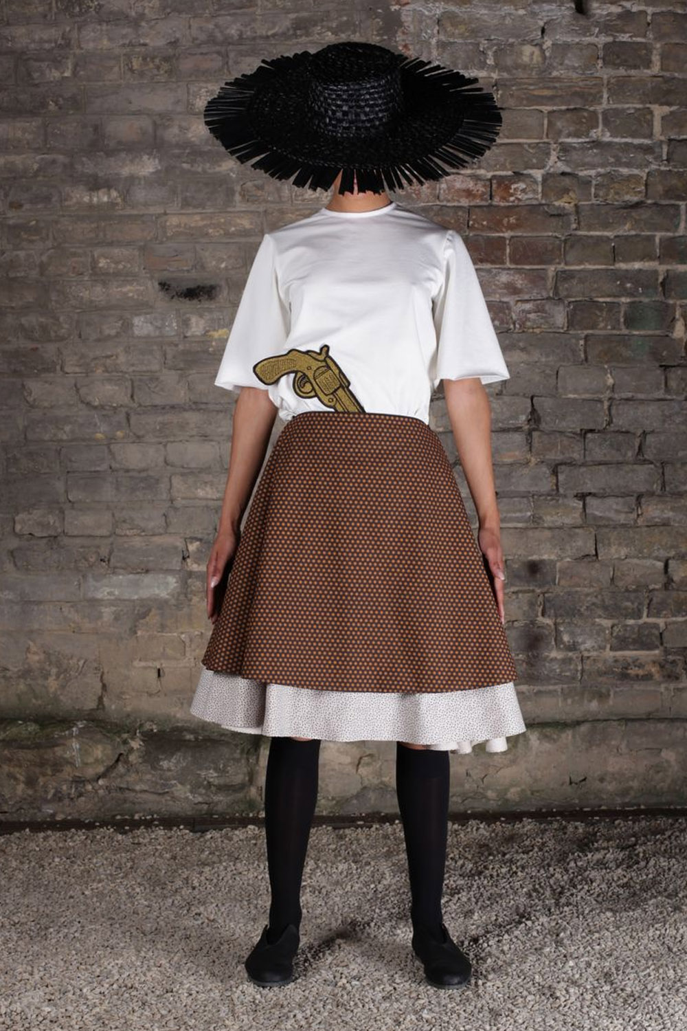 look25_t-shirt1710_skirt1716_img_5760